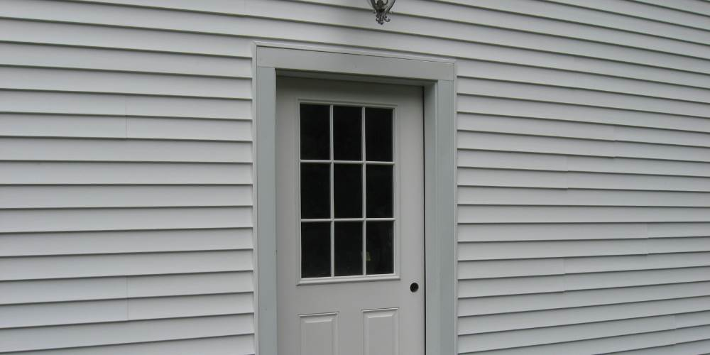 power-washed-vinyl-siding
